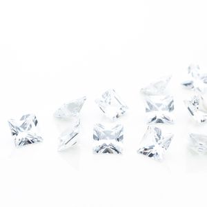 zirconia-carre-6mm-crystal