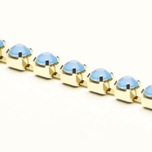 corrente-strass-pp18-light-sapphire-opal-ouro