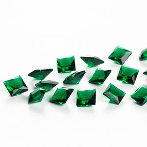 zirconia-carre-6mm-emerald