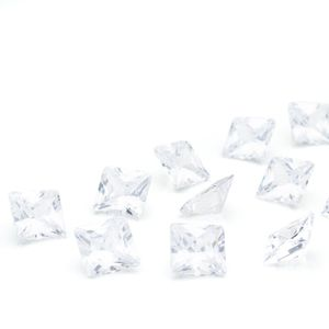 zircoia-carre-8mm-crystal