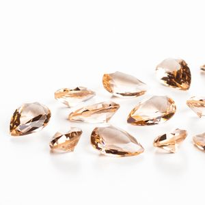 zirconia-gota-12x8mm-light-peach