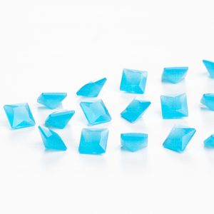 zirconia-carre-6mm-aquamarine-opal