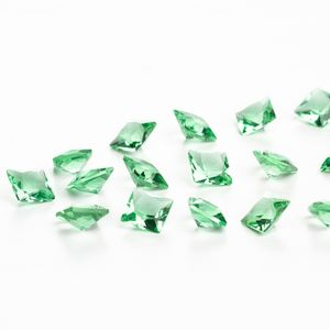 zirconia-carre-6mm-peridot