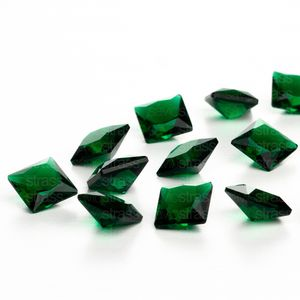 zirconia-carre-8mm-emerald