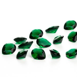 zirconia-gota-10x8mm-emerald