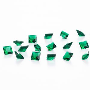 zirconia-carre-5mm-emerald