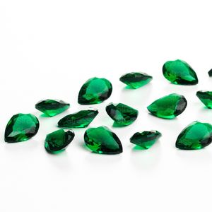 zirconia-gota-10x7mm-emerald
